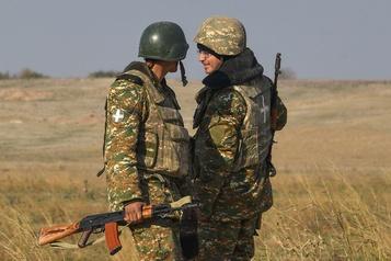 Manifestations pour le retour des soldats arméniens disparus au Nagorny Karabakh)