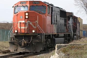 Le CN réalise un profit essentiellement stable