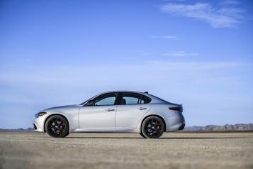 Banc d'essai  La concurrence de la Lexus IS)
