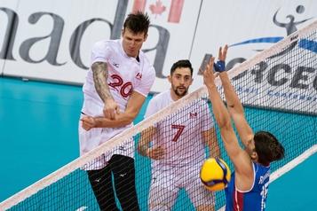 Volleyball: les Canadiens obtiennent leur billet pour Tokyo