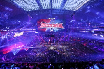 WrestleMania déplacé au Performance Center