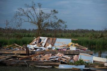 Tempête Ida Le dérèglement climatique montré du doigt, Biden en Louisiane)