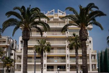 Le coronavirus vide les plages espagnoles