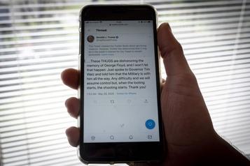 Twitter n'exclut pas de suspendre le compte de Donald Trump)