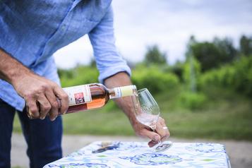 Tous les vins rosés doivent être bus rapidement?)