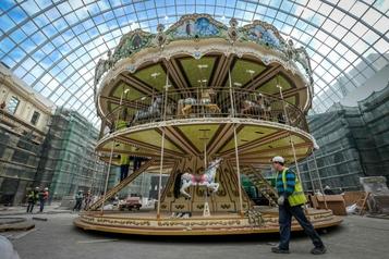 Moscou: un immense parc d'attractions couvert pour défier la météo