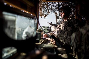 Afghanistan: le Pentagone mise sur moins de 5000soldats américains fin novembre)