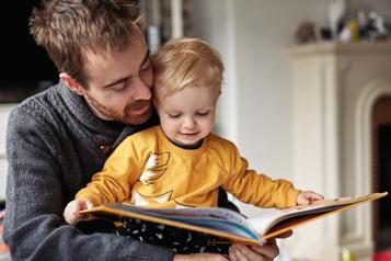 L'amour de la lecture s'inculque dès la naissance)