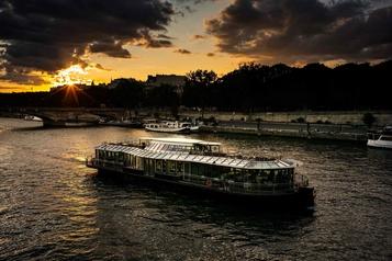 Tourisme: fréquentation au plus haut pour Paris et l'Île-de-France en 2019