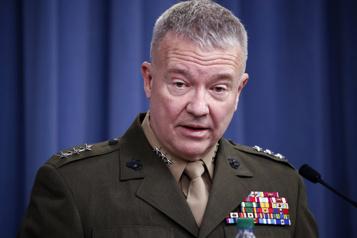 Afghanistan L'armée américaine veut rester tout près )