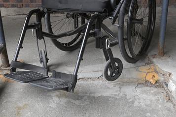 Des jeunes handicapés lésés par l'État)