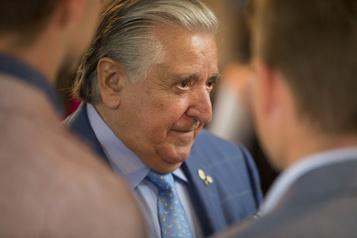 L'Ordre du Québec doit réévaluer le titre de Lino Saputo, selon QS
