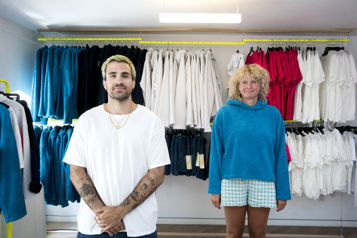 Jay DuTemple et sa styliste se lancent dans le prêt-à-porter)
