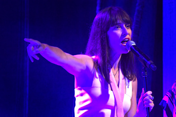 Feist chantera avec Tragically Hip aux Junos)