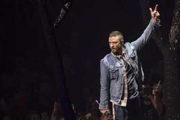 Justin Timberlake présente ses excuses à Britney Spears et Janet Jackson)