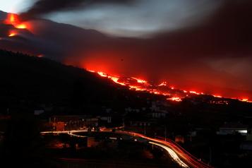 Volcan Cumbre Vieja Un mois d'éruption sur l'île de la Palma et toujours pas de fin en vue
