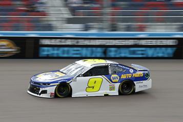 Chase Elliott gagne le championnat NASCAR)