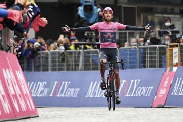 Tour d'Italie Egan Bernal accroît son avance en remportant la 16eétape)