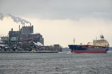 Le Port de Montréal ralenti par un cas de COVID-19
