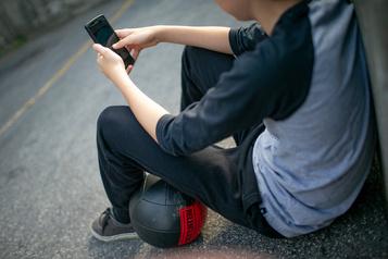 Les victimes de cyberintimidationplus à risque d'avoir des idées suicidaires