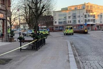 Attaque terroriste présumée en Suède Huit personnes blessées à l'arme blanche)