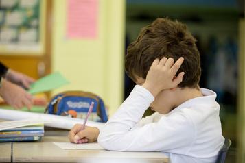 Enfants à besoins particuliers Des parents souhaitent éviter l'école à distance )