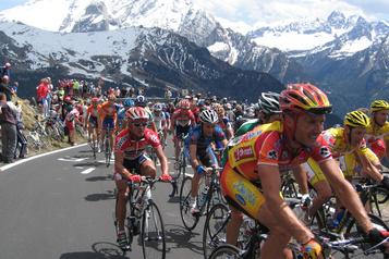 L'UCI serre la vis aux organisateurs qui dévient du protocole sanitaire)