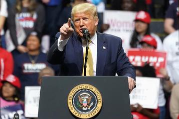 Présidentielle: Moscou s'ingère pour soutenir Trump, selon le renseignement américain