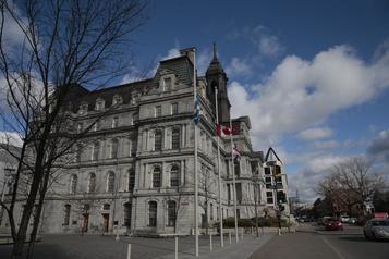 Montréal modernise ses services en ligne