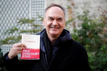 Hervé Le Tellier remporte le Goncourt)