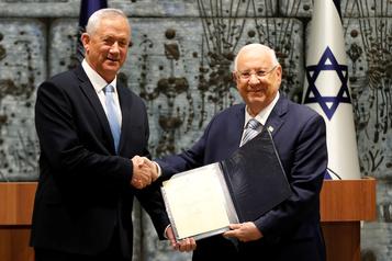 Israël: le rival de Nétanyahou chargé de former un gouvernement