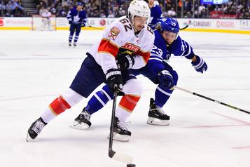 Les Leafs obtiennent Denis Malgin des Panthers