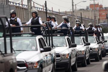 Mexique: quatorze policiers tués dans une embuscade