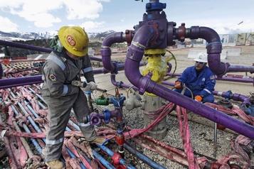 La société pétrolière et gazière Encana complète sa restructuration