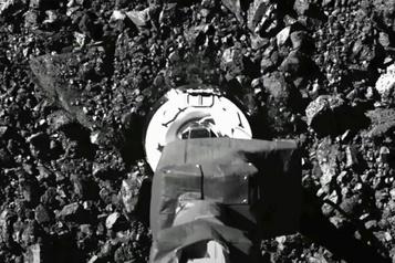 Particules de l'astéroïde Bennu La sonde Osiris-Rex est en train de perdre ses échantillons dans l'espace)