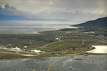 Énigme en Argentine: 57 marins atteints de la COVID-19 après 35jours en mer)