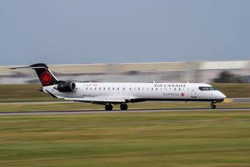 Air Canada s'engage à rester aux Îles en été)