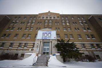 Toutes les salles d'opération de l'Hôpital de Lachine fermées
