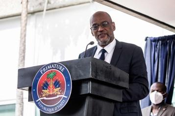 En pleine crise, les élections reportées sine die en Haïti)