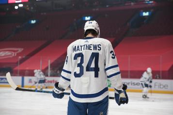 Maple Leafs de Toronto Opéré à un poignet, Auston Matthews espère être prêt pour le début de la saison)