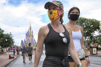 La Floride enregistre 15000nouveaux cas en une journée, un record)