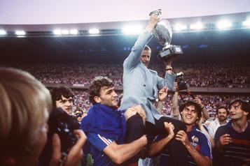 Décès de l'ex-entraîneur de l'équipe de soccer de France Michel Hidalgo