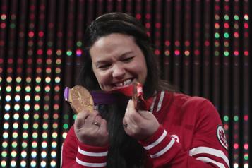 Médaille d'or de Maude Charron  «Ça me fait un petit velours qu'elle ait pensé à moi», admet Christine Girard)