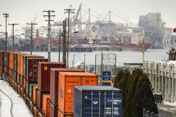 Port de Montréal La direction rapporte une baisse de ses capacités de 30 %)