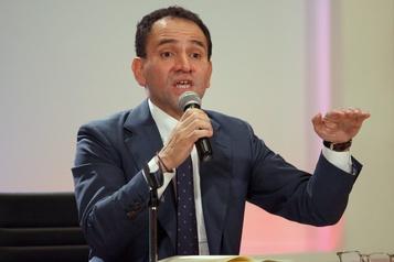 Un ministre mexicain positif à la COVID-19 trois jours après avoir rencontré le président Lopez Obrador)