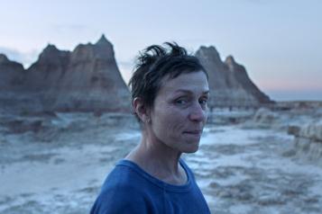 Golden Globes Nomadland et Netflix gagnants; Mank perdant)