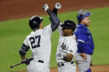 Les Yankees écrasent les Blue Jays20-6)