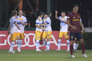 Les Earthquakes battent le Real Salt Lake et passent en quarts)
