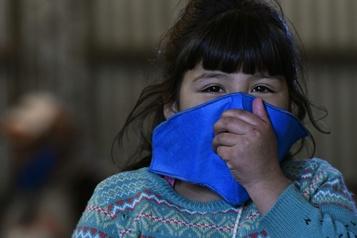 Les États-Unis préviennent d'une maladie liée à la COVID-19 chez les enfants)