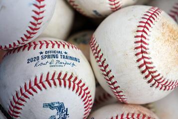 MLB: importantes coupes dans les mineures)